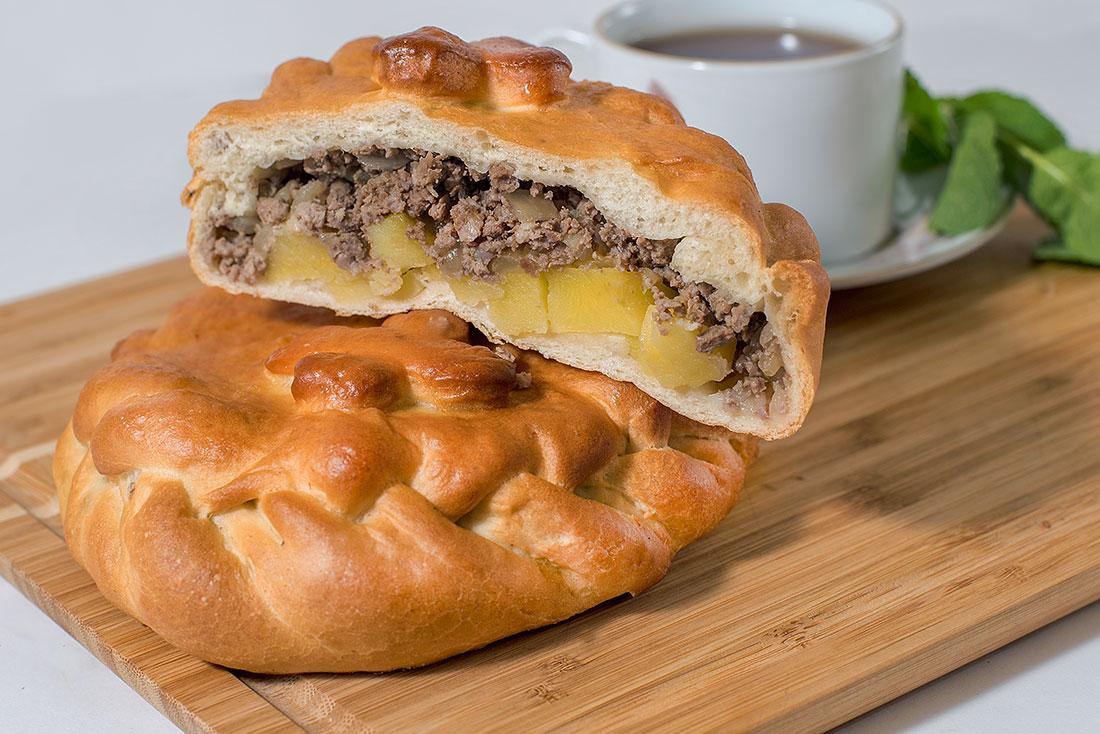 Пирог с картофелем и фаршем 1кг СП