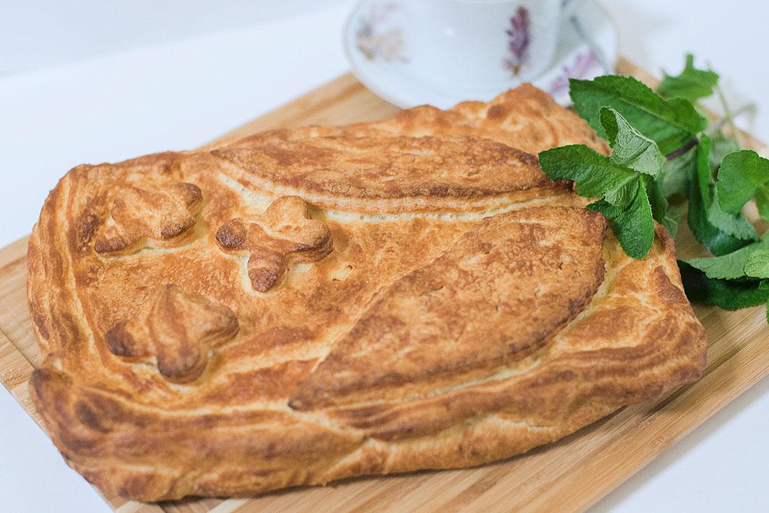 Пирог слоеный с картофелем и мясом 1кг СП