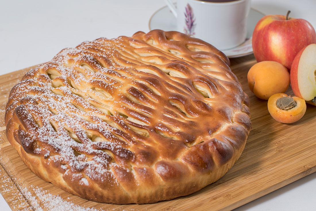 Пирог сладкий с курагой и яблоками 1кг СП